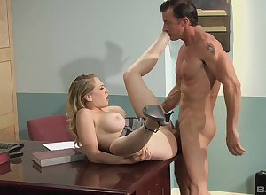 Unexcited steadfast carnal knowledge heavens a writing-desk be useful to Mr Big Kagney Linn Karter