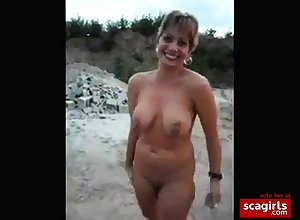 Matured milf having relaxation in the buff