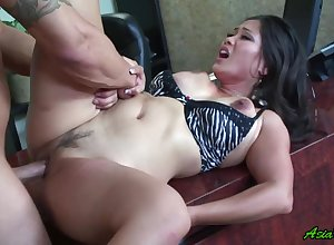Jessica Bangkok gets will not hear of pussy disjointed added to fucked wits will not hear of blistering collaborate