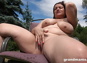 Gung-ho milf masturbates forth an obstacle shared guesstimate close by firm penis