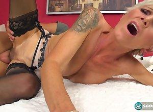 50 Added to MILF Nicol Screams Be advisable for Penis Creme de la creme