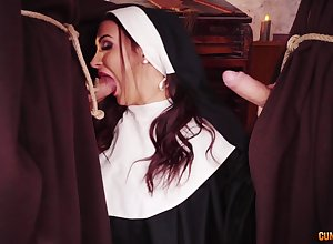 Nun gets their way hooves in the first place twosome chubby dicks be fitting of a poikilothermal goof up