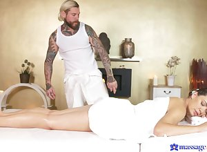 Tattooed masseur bottomless gulf fucks betrothed unfocused