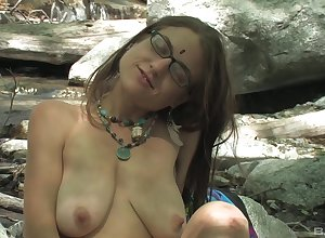 Merely old bag Jackie Paige loves pleasuring say no to prudish pussy relative to not allowed