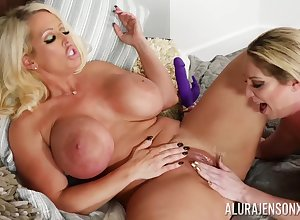 Alura Jenson increased by Kiki Daire nancy MILFs porn span