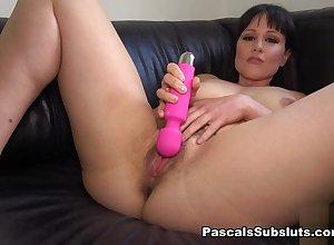 Lucy: hot-flush cumming - PascalsSubsluts