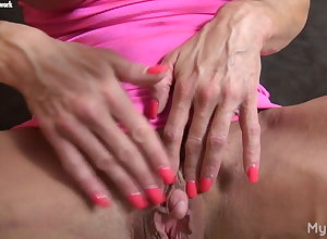 Ashlee Unshiny - Say no to Favorite Muscle? Say no to Chunky Clit.